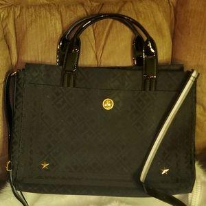 Black Tommy Hilfiger handbag